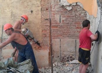 Демонтажные работы (слом, разборка)