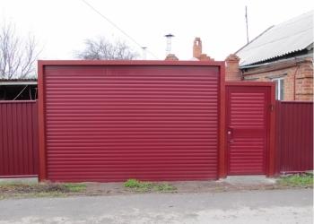 Рулонные ворота цв. Красный рубин