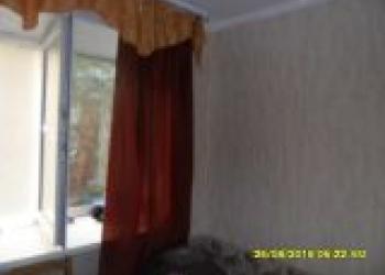 Продам 1-комнатную секционку (вторичное) в Ленинском районе на 4-м этаже в 4-эта