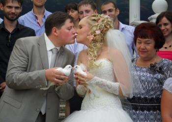 Белые голуби на свадьбу