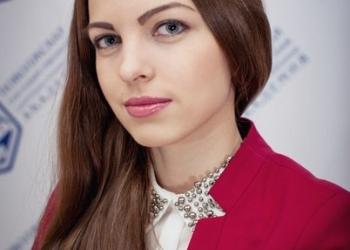 Репетитор по русскому языку, литературе и математике.