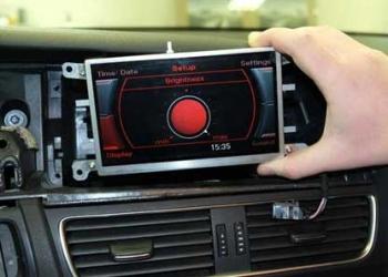 Ремонт потускневшего экрана mmi Audi A4, A5, Q5