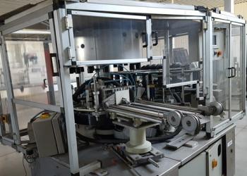 Этикетировочный автомат бумажная этикетка на горячем клею 12000 б-ч