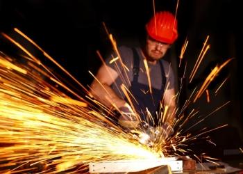 Скупка металлолома и электроприборов бу, рефрижераторы бу, лом проводов, медь.