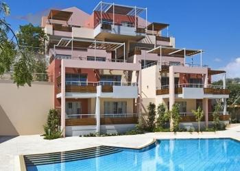 Продаётся 2-спальная квартира в элитном комплексе с видом на море