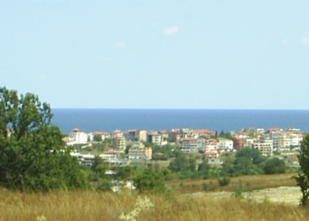 Участок земли под застройку в Болгарии.