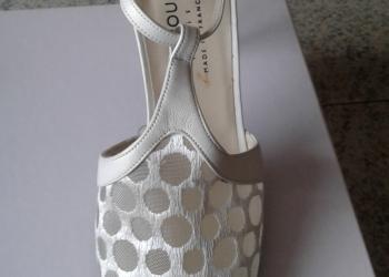 французские новые туфли 39 размер