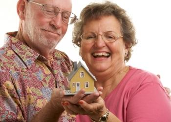 Возврат пенсионерам 13% от покупки жилья и лечения.