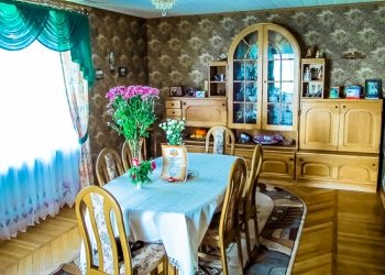 Загородный 3-х этажный дом в  спокойном, уютном, экологически чистом месте