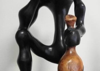 Статуэтки ручной работы из ценных пород деревьев. Западная Африка