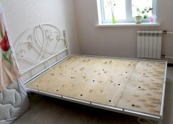 Кровать кованая двуспальная,мебель для спальни под заказ