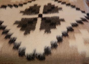 Гуцульские пледы из овечьей шерсти
