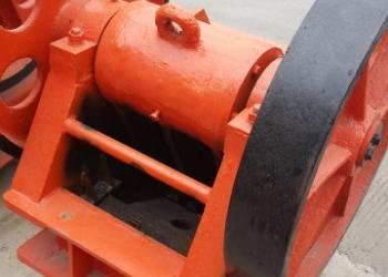 Щековая дробилка РЕ150х250