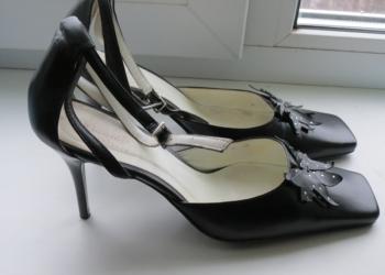 продам нарядные женские туфли в отличном состоянии