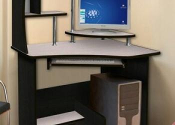 Распродаем новые компьютерные столы.