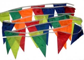 флажная лента из цветных флажков