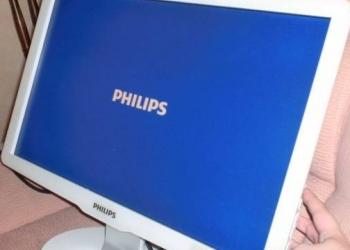 Продаю жк монитор Philips
