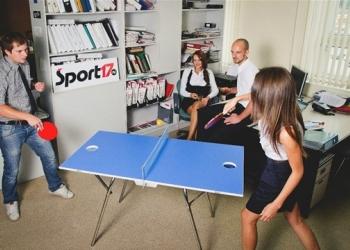 Компактный, складной стол для игры в теннис и тенбол
