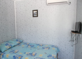 СДАЮ В Ейске ПОСУТОЧНО квартира-номер студия