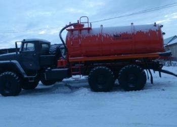 Ассенизатор Урал-4320