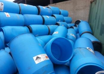 Бочки пластмассовые для полива на 227 л б/у