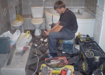 Замена и монтаж труб,счетчиков,сантехники. Устранение засоров и протечек.