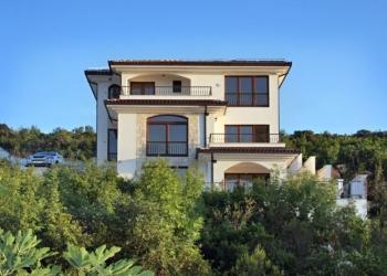 Дом в Черногории