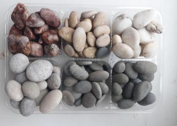 галька морская и камни для аквариумов и террариумов.