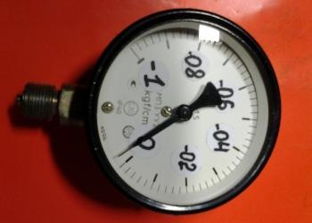 Манометры датчики показывающие давление жидкости и газа и вакуумметры
