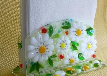 Салфетница из цветного художественного стекла.