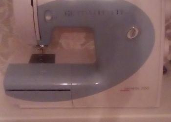 Швейная машинка Бернетта 2055