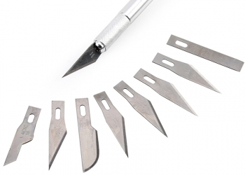 Нож c 9 лезвиями