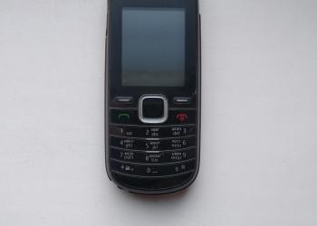 Сотовый телефон Nokia 1661-2