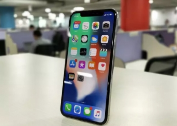 iPhone XR iPhone XS iPhone XS Max 64GB/256GB/512GB