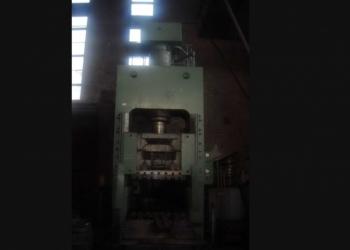 гидравлический пресс д2436 усилием 400 тонн