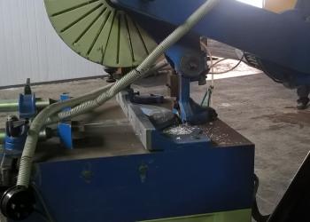 Дисковый отрезной станок с ручной подачей режущего инструмента MECAL SW 400