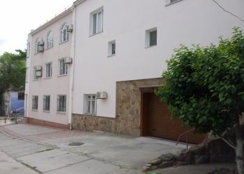 Оборудованная гостиница + рядом стоящий дом,  общая площадь 737 кв.м на 5,2 сот.