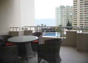 Апартаменты на берегу средиземного моря в Турции