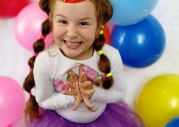 Праздники на 5+ в детской гостиной