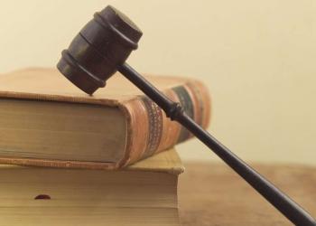 Юрист. Защита в суде, иски, договоры, консультации.
