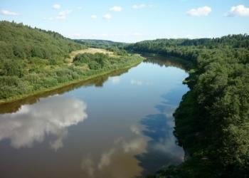 Продам участок земли на берегу реки Мста