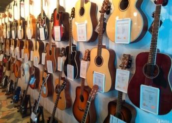 Большой выбор гитар