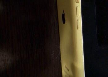 Подам iPhone 5c