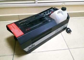 JEM ZR12 AL Генератор легкого дыма 1000 Вт