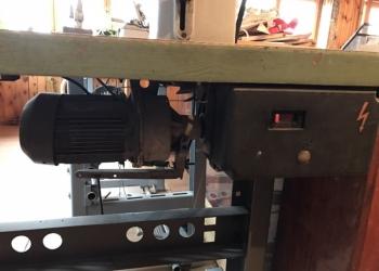 Продам:Швейная машина 1022 и трехниточный оверлок