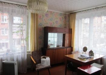 продам однокомнатную квартиру в г. Луга