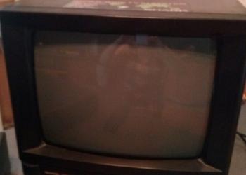 телевизор SHARP. диагональ 39
