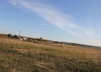 Земельный  участок  10 соток в  дер. Пахомьево