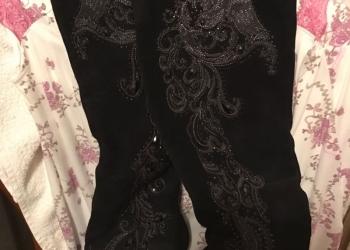 Продаю платья и костюмы итальянского бренда  Antonella