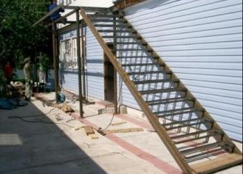 Лестницы на металлокаркасе. Изготовление и монтаж. Опыт более 25 лет.